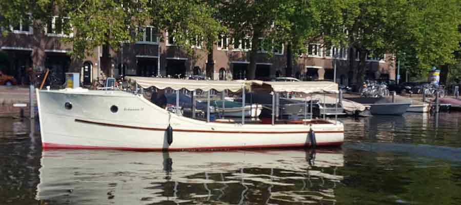 Private boat Britannia up to 12 passengers
